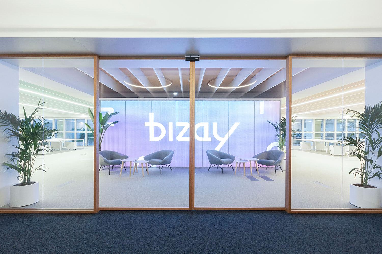 Bizay by Monono Studio